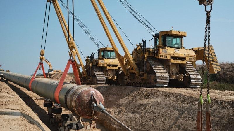 EUGAL Baufahrzeuge beim Leitungsbau