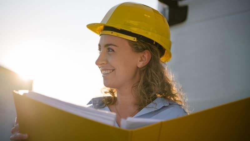 Nachhaltigkeit & CSR - Mitarbeiterin der HABAU GROUP